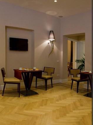 Visit Romantica Room